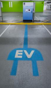 27 industry leaders urge the EU to end diesel sales alongside petrol cars in 2035