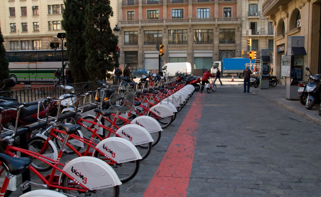 Cities are encouraged to cycle their way to Net Zero